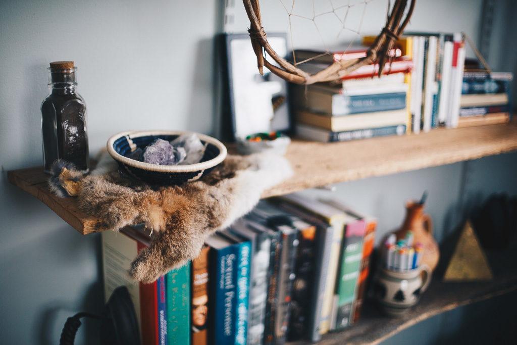 eclectic boho book shelves