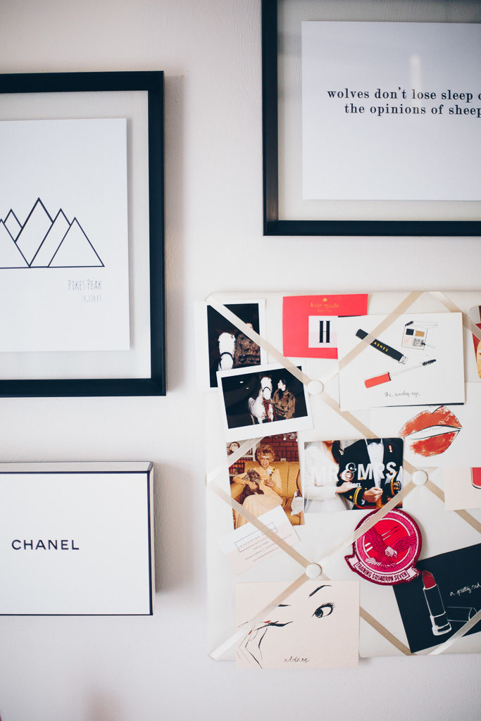 chic gallery wall