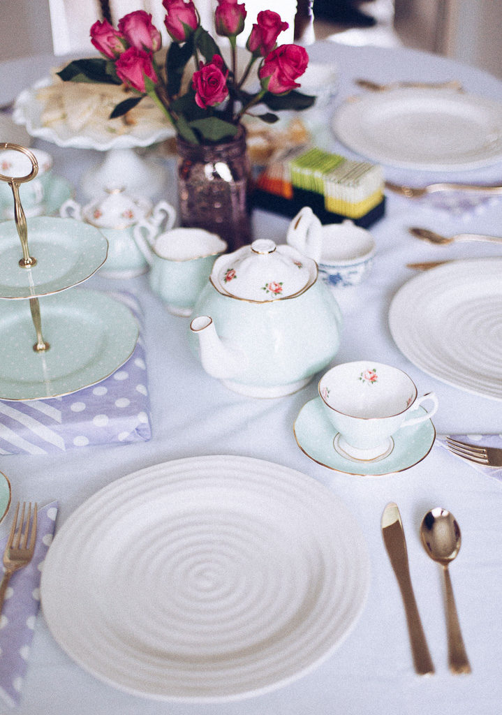 tea party decor and table setting